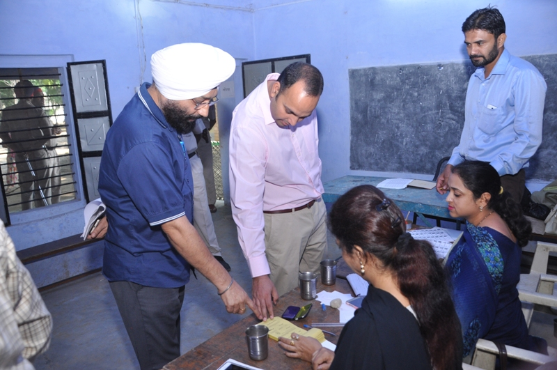 Visit of Polling Booths by Deputy Commissioner