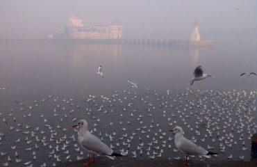 Winter morning of Lakhot Lake