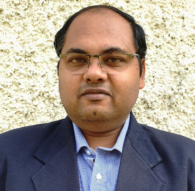 Photograph of DM and Collector Vikas Singh