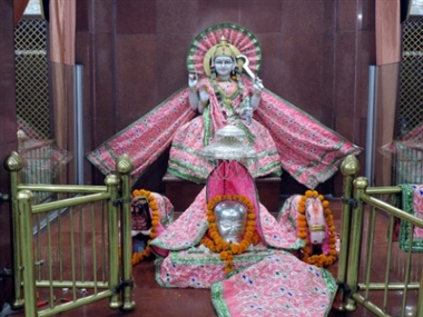 This is the image of Mari mata mandir is one of the intersted place in bahraich