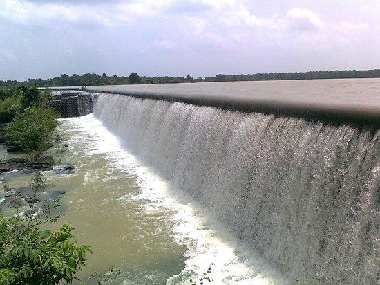 मैनपुर सिकासार जलासय