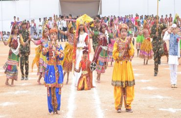 School students dancing on Independence Day celebrations