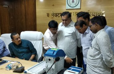 Casting vote by Media with VVPAT