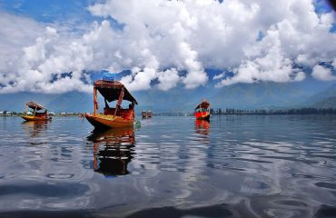 Clean water of DalLake Srinagar