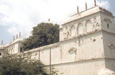 देवी काली मंदिर.