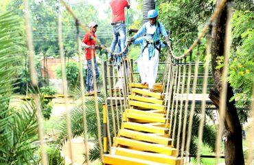 Arrangements of Burma Bridge game in the park premises