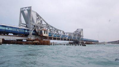 Pamban - Scissor bridge