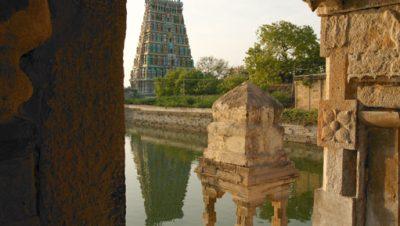 திரு உத்திரகோசமங்கை கோவில் குளம்